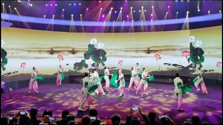 2020舞动江苏特等奖,秧歌舞《拨根芦柴花》刘荣老师创编。