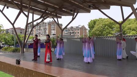 歌伴舞《花开中国》