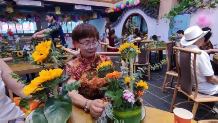 麻阳旗袍协会到哪都是风景插花颂歌母亲节_20210509