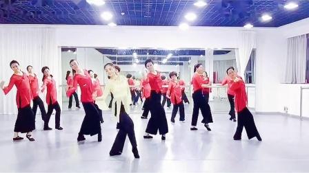 赵雪儿老师舞蹈课堂《弯弯的月亮》原创周奕彤