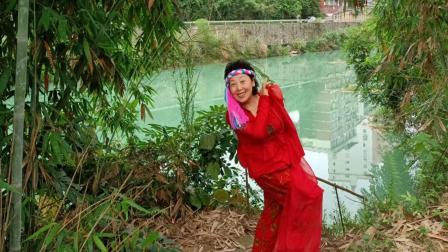 麻辣广场舞《你像三月桃花开——记淡淡百合香在巴马坡月》(摄像与视频制作 麻辣鸡丝 于坡月  2021.5.9)