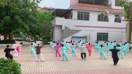 杨氏太极拳大汇演现场。