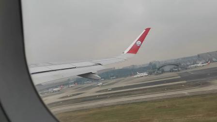 20201129 135426 成都双流国际机场3U8679次航班起飞