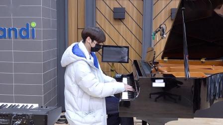 [T:TIME] HUENINGKAI's Mini Piano Recital - TXT