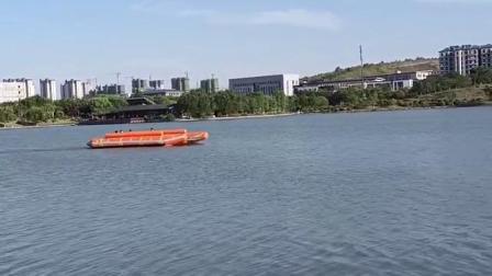 充气救援运输船
