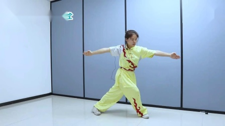 中国武术《叉步翻身拍地》讲解,帅气只在一瞬间,你学会了吗?,体育,武术,好看视频