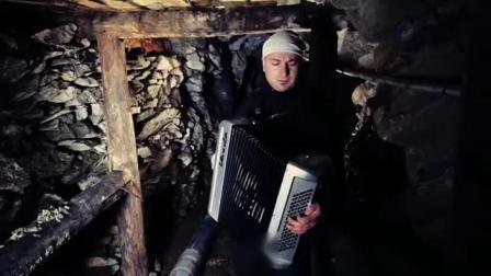 手风琴LA CAMISA NEGRA - fisarmonica moderna - MIMMO MIRABELLI