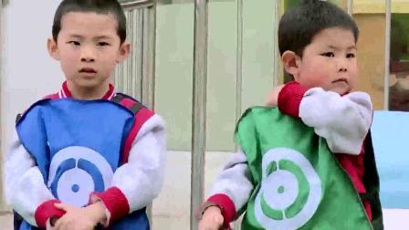 幼儿园小班体育游戏《蚂蚁运粮》健康领域活动优质课公开课