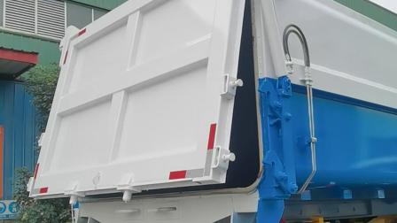 东风污泥运输车适配垃圾箱