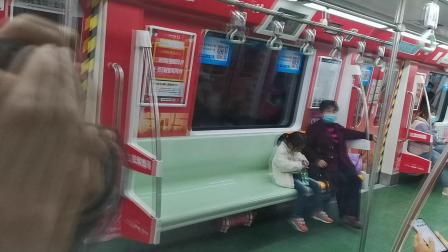 20210312 164801 西安地铁5号线开往西安东站(终点站马腾空)方向的列车进青龙寺站