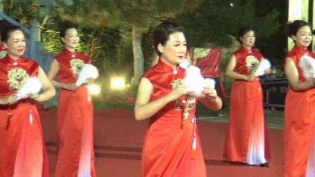 河南电视台大象艺术团模特队表演