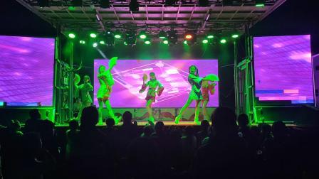 保定爱华艺术团赴唐县下赤水村庙会演出!激情舞蹈《彩虹节拍》2021.5.30号晚