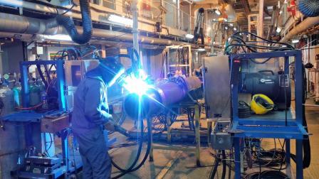 德平科技全自动外焊机在中海油海上项目中进行测试