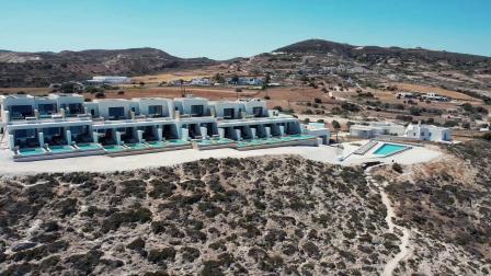 白色海岸泳池全套房酒店 | 希腊 米洛斯岛 【全球奢华精品酒店】