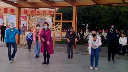 西宁中心广场藏族锅庄视频442