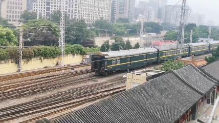【火车视频集锦】直击—大站风采:东便门•北京站