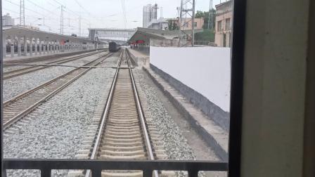 K1085次咸阳站5道开车,去咸阳西方向