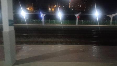T308次咸阳站4道停车