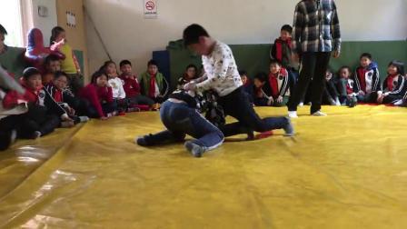 摔跤-训练 36