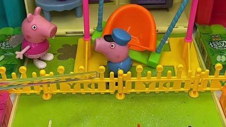 益智玩具:鲨鱼去咬拖拉机把牙齿弄坏了