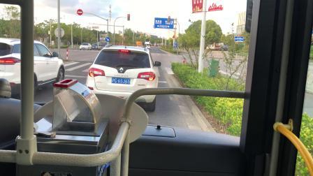 1043路公交车(滴水湖地铁站-沪城环路共享区)