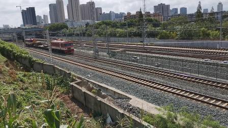20210827 102642 阳安铁路金鹰轨道车通过汉中站