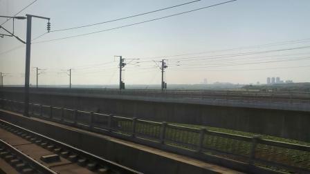 20210911 170545 徐兰(郑西)高铁G2211次列车交汇G1710次列车