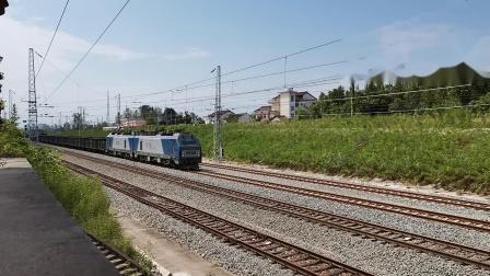 20210912 140639 阳安铁路HXD2货列通过王家坎站