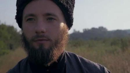 """哥萨克练习马刀和短剑。哥萨克练习砍碎。""""·科戈罗德·""""学派 。全是俄语。"""