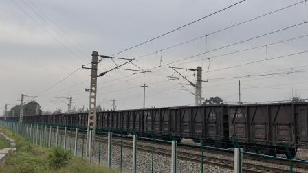 这鸣笛你说DF4我都信·西局新段HXN5牵引货列通过张桥站