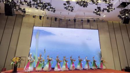 武汉民族舞红玫瑰土家妹演出18672791302武汉金帝歌舞团湖北特色舞蹈演出