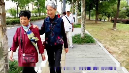游康熙河景观带-二胡演奏:晚秋
