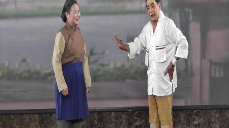 冯忠坤 姜碧霞在校园演唱《沙家浜、军民鱼水情》2021,10,14