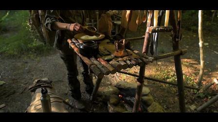 野外露营 林中建造露营地 篝火烹饪美食
