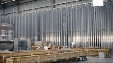 瑞仕格AutoStore案例_西班牙STIHL斯蒂尔项目_18个机器人小车10000个料箱