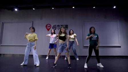 城市舞集   爵士舞《PingPong》指导老师:曾静娴 B组