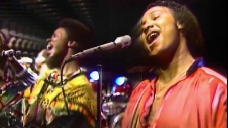 Earth, Wind & Fire  September (Official HD Video)
