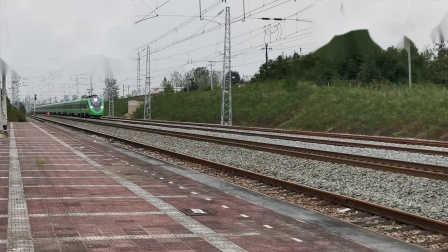 20211002 165818 阳安铁路D5278次列车通过王家坎站