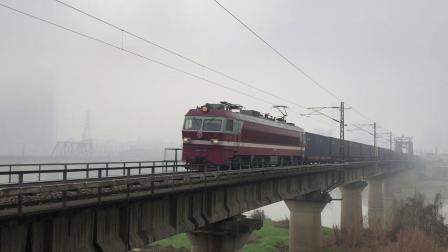 货列 79696次 SS6B1087 通过京广线K1562KM长沙浏阳河铁路大桥