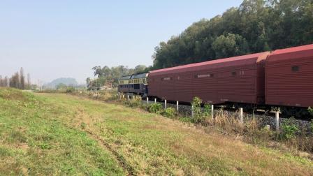 货列 41153次 DF4C4090 通过广茂线K42KM莲塘村旁