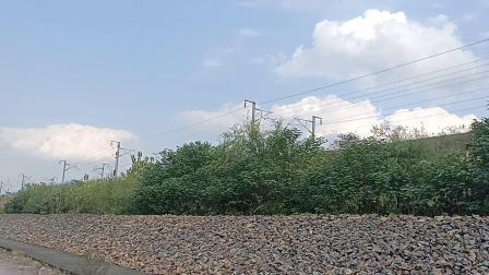 在宁芜铁路安江站看宁安高铁