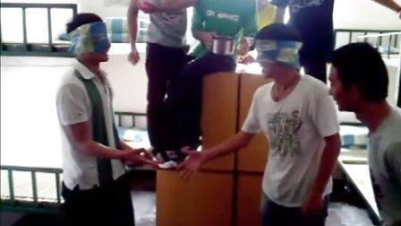 江西新华电脑学院剪刀石头布搞笑视频