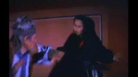 功夫女反派小罗罗被杀