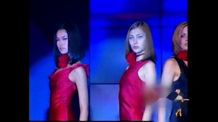2000年宝姿赞助国际模特比赛.