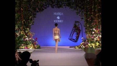 2002年MARJA KURKI 丝巾秀
