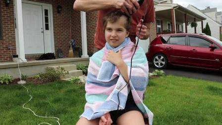 Willow Shaves Her Head! (Without Telling Mom)