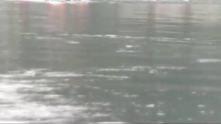 【拍客】橡皮艇速划比赛
