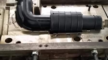 汽车排气管包胶产品_液态硅胶汽车用品_液态硅胶注射成型机_德标直销