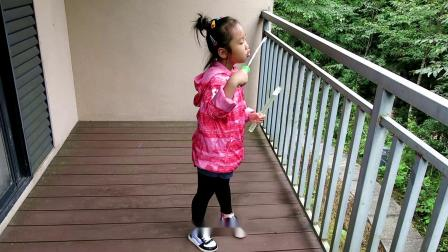 潘囡囡童年的幸福生活