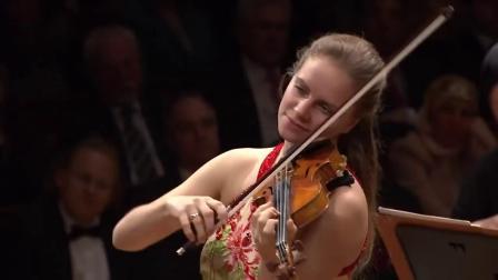 朱莉亚·费雪演奏的巴赫A小调小提琴协奏曲
